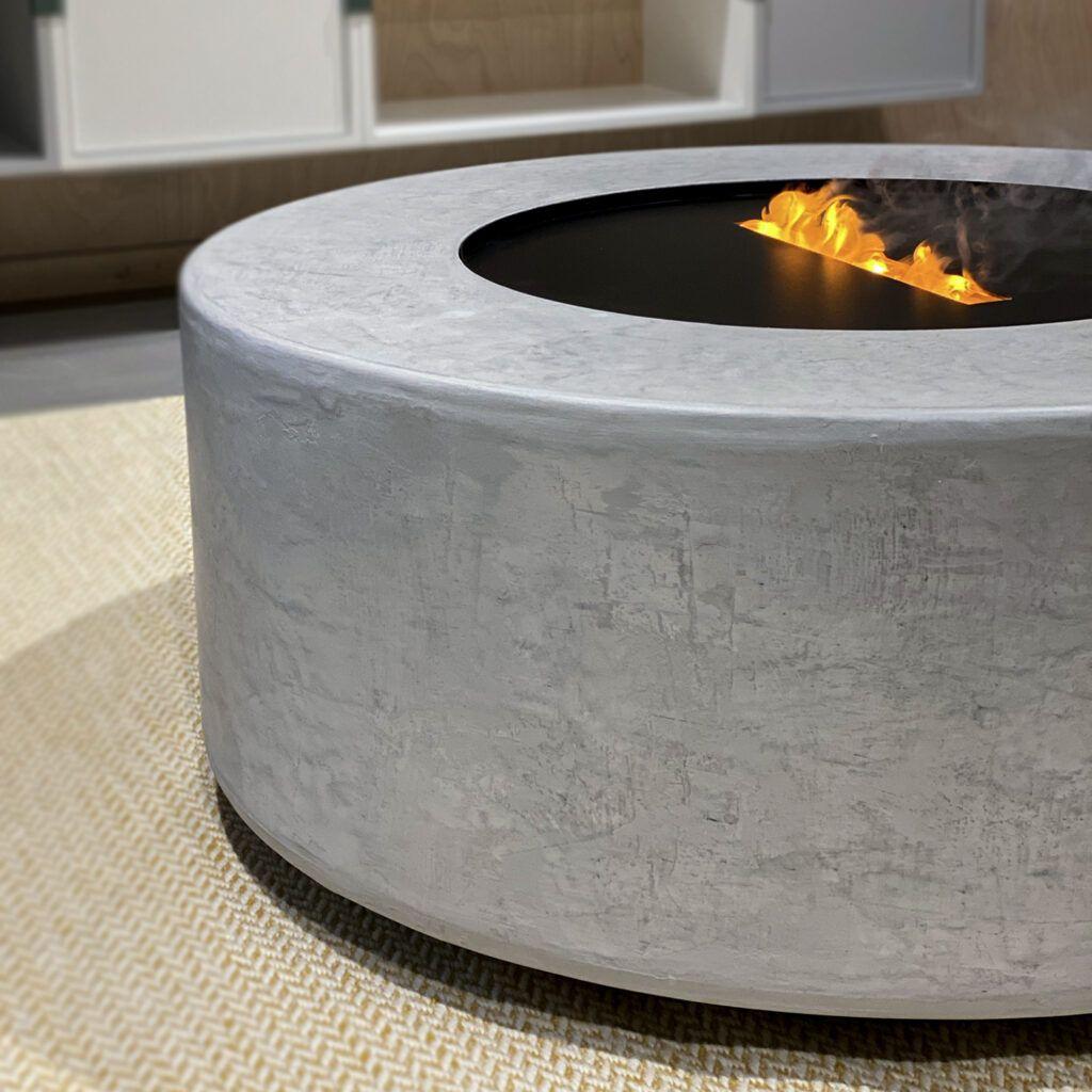 Specialdesignet interiør med betonoverflade af Contec Coating